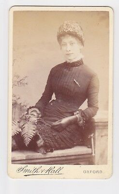 Victorian cdv photo young lady wearing hat & gloves Oxford   photographer