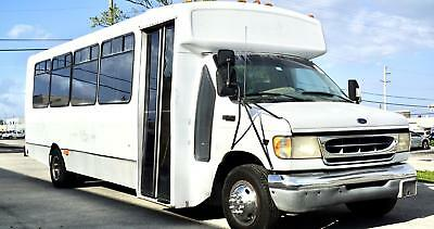 1999 Ford E-450 Super Duty  155k Miles White