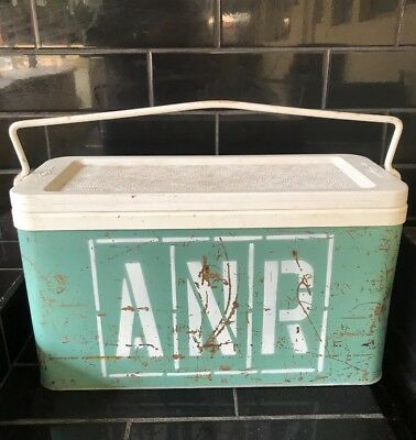 ANR AUSTRALIAN NATIONAL RAILWAYS Vintage Willow Brand Esky Portable Ice Cooler