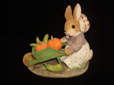 1997 My Blushing Bunnies~Autumn Harvests Love and Blessings~w/Box