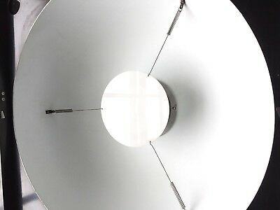 Broncolor IMPACT SOFTLIGHT REFLECTOR with diffusor & barn doors for flash units