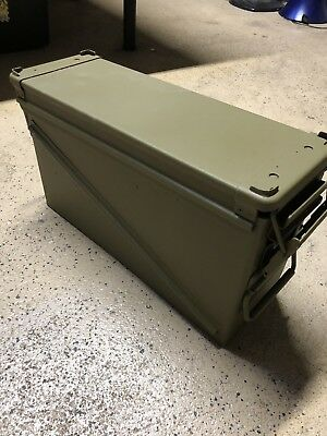 MILITARY PA120 40mm BA30 Stackable Ammo Can Green Ammunition !! Free Shipping !!