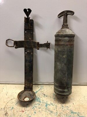 Vintage Pyrene Fire Extinguisher With Bracket.  Boat, Car, Motorcycle