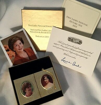 LAURA BUSH 2003 SPECIAL ORNAMENT LIBRARY 1st LADY DEDICATION  PHOTO & CARD = 3