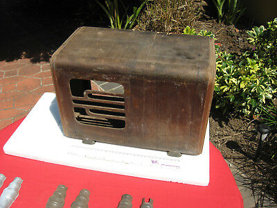 EARLY WOODEN CASE FOR KIT RADIOS...CIRCA 1930s.