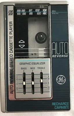 General Electric GE 3-5477B Cassette Player AM FM Radio Personal Player