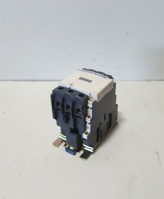 Telemecanique Lc1 D4011 Lc1 D40 110 Volt 60 Amp  Coil Contactor  Lightly Used