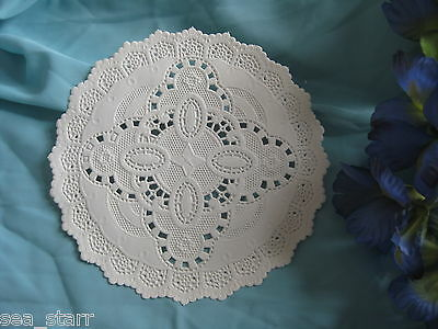 """5 pcs VTG 5"""" INCH ROUND OFF WHITE IVORY PAPER VICTORIAN LACE PAPER DOILIES"""