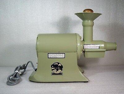 CHAMPION JUICER G5 NG 853S Heavy Duty Avocado Green Complete