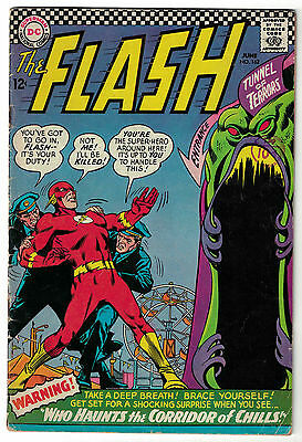 DC Comics THE FLASH Issue 162 Who Haunts The Corridor Of Chills! VG/F