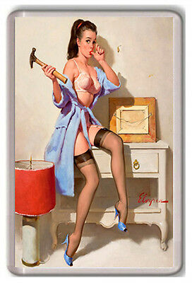 Gil Elvgren The Wrong Nail Pin Up Fridge Magnet Magnet Kühlschrank