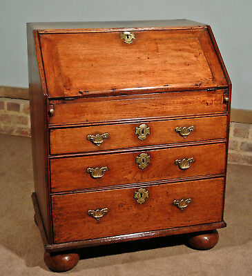 Charming Small Queen Anne Oak Bureau c. 1705