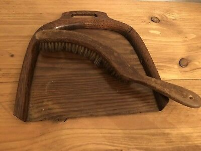 Vintage Late Victorian Wooden Oak Crumb Tray And Brush With Integrated Handle