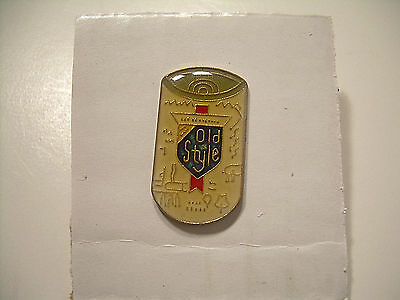 Old Style Beer Can Pin - Vintage from the 80's