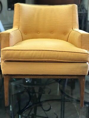 Mid Century Modern Fully upholstered Lounge Chair