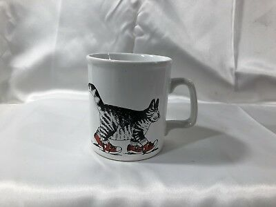 Vintage KILN CRAFT CAT MUG Cat with Red Sneakers Staffordshire England B Kilean