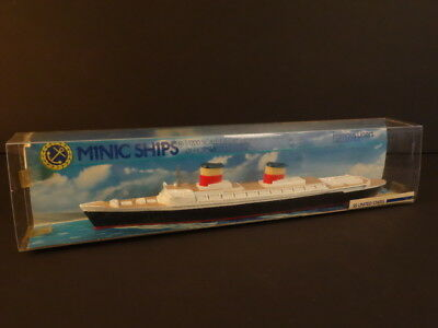 ALL ORIGINAL MINIC SHIPS SS UNITED STATES FAMOUS LINER 1/1200° Scale MINT + BOX