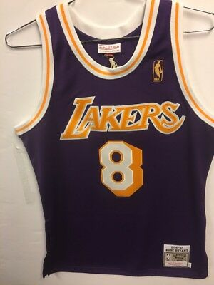 5d76ce7fa2a Lakers jersey kobe bryant size 40 Authentic Mitchell   Ness Rookie  8 1996- 97