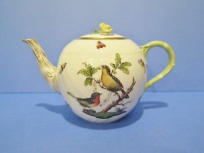 Herend Rothschild Teapot Yellow Rose Finial 6 Cup  1602