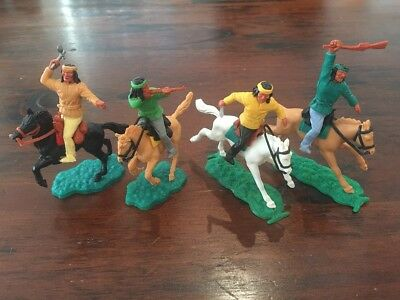 Timpo Apache War Party - Wild West - Toy Soldiers - 1970's