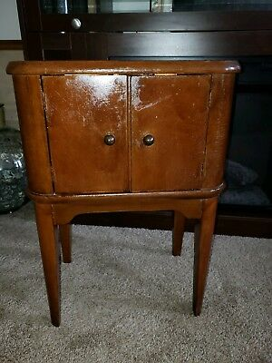 Vintage Humidor Copper Lined Smoking Table / Cigar Stand Cabinet.