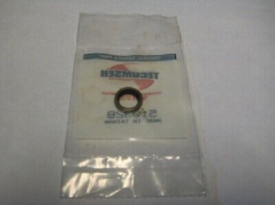 Lawson Tecumseh NEW OLD STOCK 32600 Oil Seal FREE S/&H!