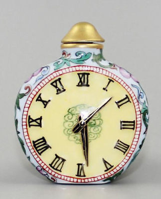 China Old Porcelain Hand Painting Belle Clock Statue Art Snuff bottle noble gift
