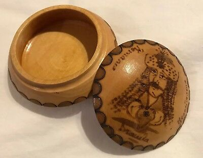 Vtg Romania Hand Carved/Burned Wood Covered Jewelry Trinket Box Round Pyrography