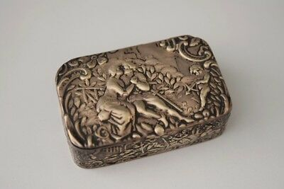 Beautiful ANTIQUE Highly Detailed RENAISSANCE Style Sterling Silver Trinket Box