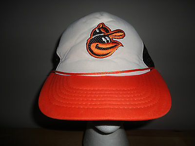 a828862f039 Vintage 1970s 1980s BALTIMORE ORIOLES O s Mesh Snapback Trucker Hat from  TOPPERS