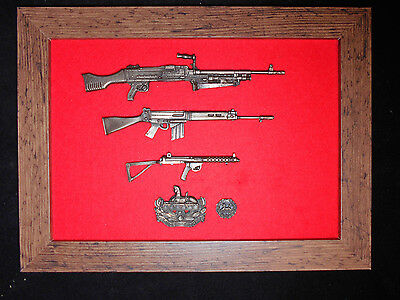 Commemorative Gloucestershire Regiment framed 1/6 scale weapons