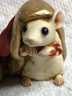 Harmony Kingdom Art Neil Eyre Designs Christmas mouse Santa hat candy cane upic1