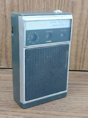 Vintage Sony TR-830 super sensitive Transistor 8 Radio Green Works!
