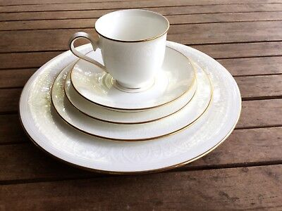 Lenox China - Hannah Gold Pattern - 5 Piece Place Setting