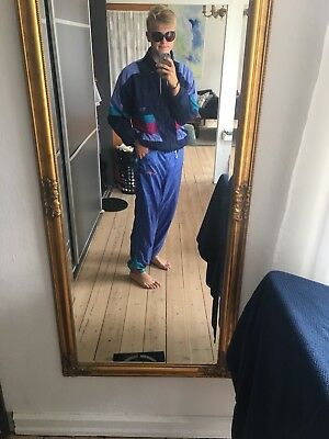 vintage 80s tracksuit. Purple. Comed With Glasses