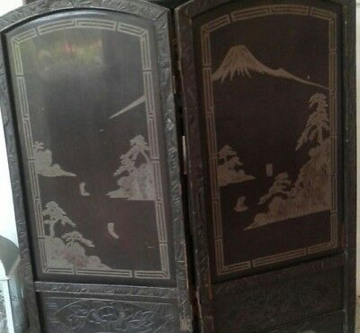Antique Chinese oriental ebonised black/gold lacquer screen hand carved