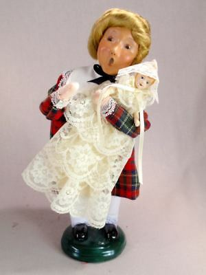 Byers' Choice 9 1/2 Girl with Doll Caroler Figurine 1998 Exc Cond