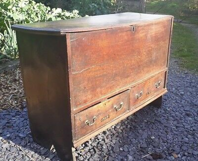 Welsh mule chest / coffer early 18th century