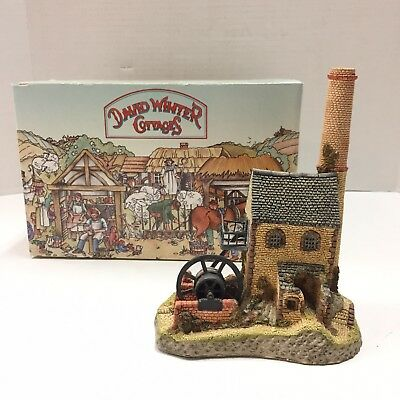 David Winter Cottage The West Country Collection Cornish Engine House DMD15