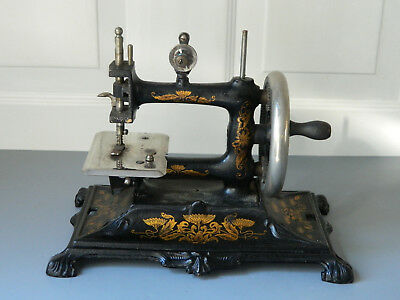 Antique Cast Iron Hand Crank Muller Sewing Machine Works Good