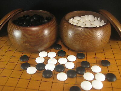 VINTAGE JAPANESE (c.1950's) GO GAME GOKE STONES WITH MULBERRY WOOD BOWLS