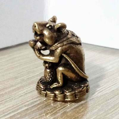 Rat Mouse hold money Miniature Figurine Brass Statue Luck Wealth Rich Amulet DAI