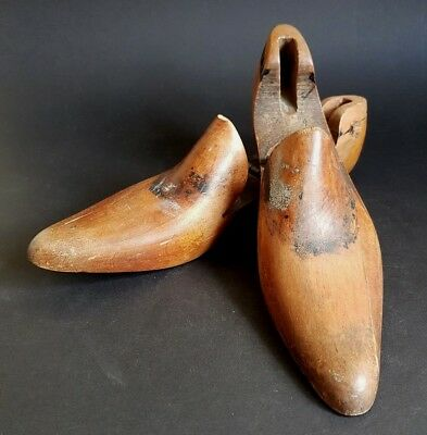 Pair Vintage Cobblers Lasts Wooden Shoe Stretcher Shabby Chic Shop Display :C3