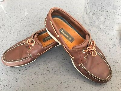 Timberland boat shoes size 9