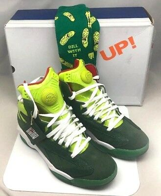 ee7304abf1bbf4 Reebok Shaq Attaq Ghosts Of Christmas Present NIB (Green) rare SZ 7.5 free  socks