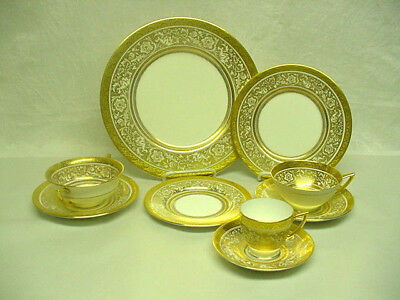 Minton China Service for 12 - Porcelain Ball (108 pieces) Elaborate White & Gold