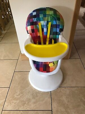 Cosatto 3 Sixti Highchair pixel