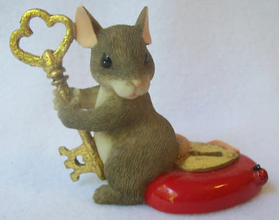 """Charming Tails Fitz and Floyd """"You Hold The Key To My Heart"""" Figurine 2000"""