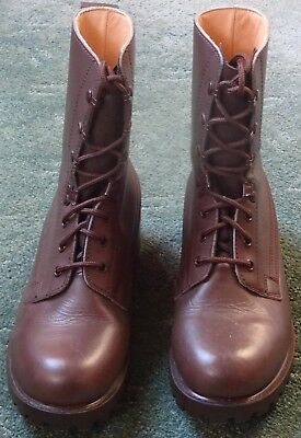 Brown Leather Army Boots - Lightweight Size 9 - Excellent Condition/Hardly Worn