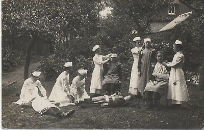 Super 1912 RP: CLACTON ON SEA Student nurses performing first aid